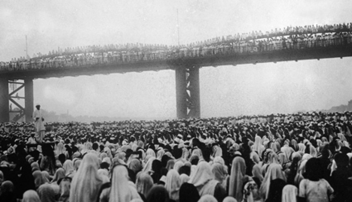 Civil-disobedience-meeting-Bombay-1930