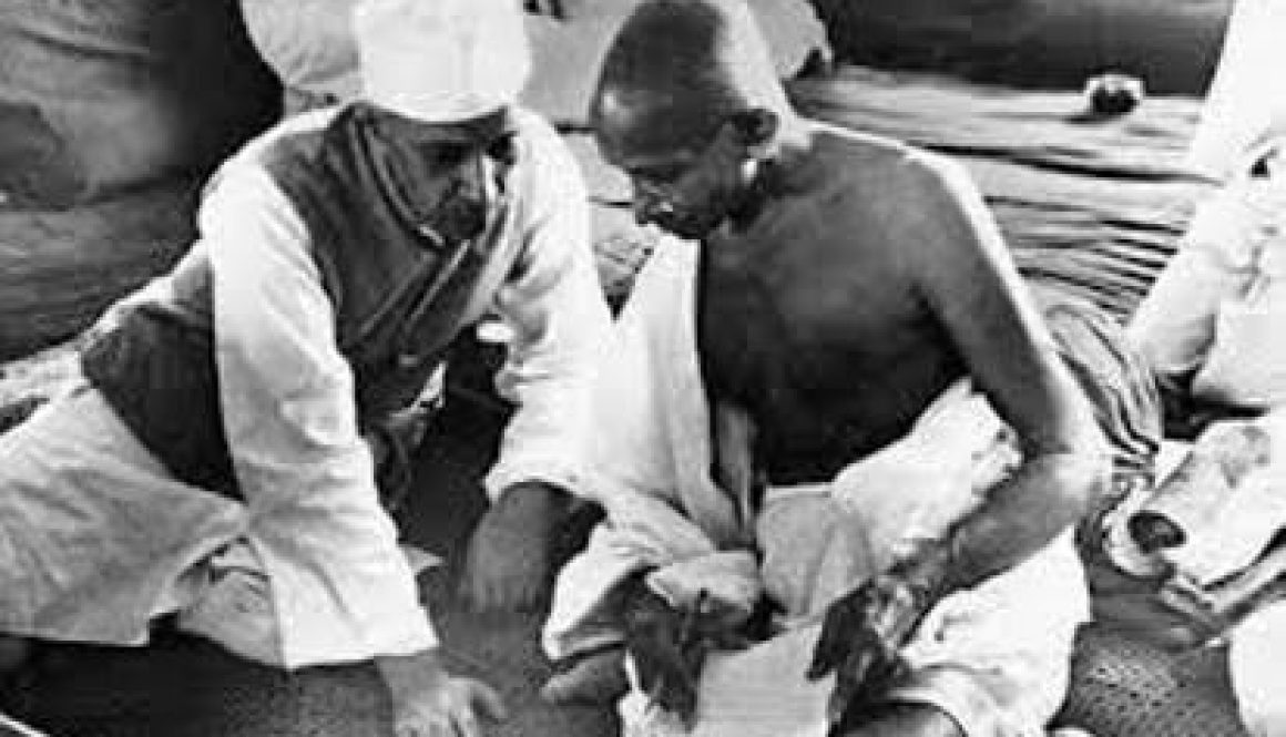 Indian-National-Congress-hunts-for-a-way-to-create-a-national-identity-Gandhi-and-Nehru1