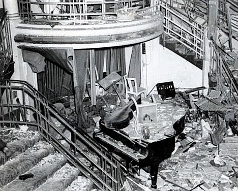Carnage at the Café de Paris, March 1941